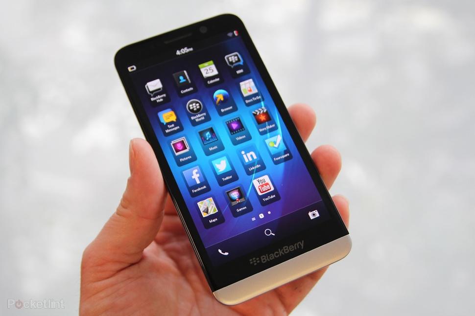 """Résultat de recherche d'images pour """"blackberry z30"""""""