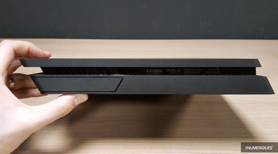 PlayStation-4-Slim_Test_07.jpg